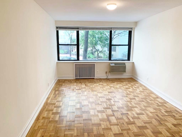 Studio, Lincoln Square Rental in NYC for $1,660 - Photo 1