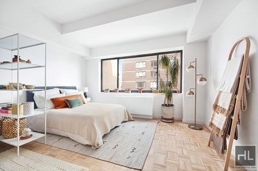 Studio, Yorkville Rental in NYC for $3,050 - Photo 1