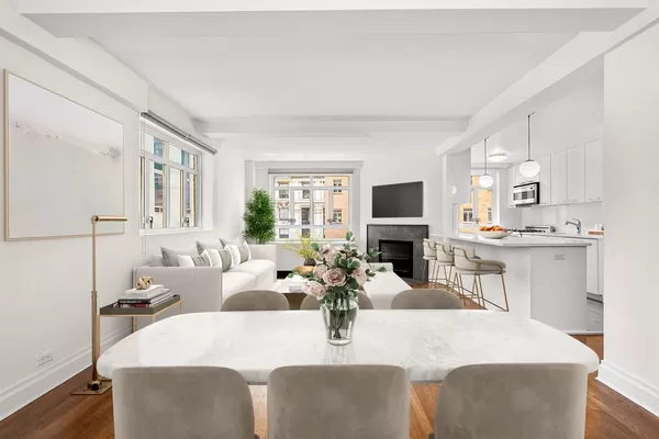 3 Bedrooms, Theater District Rental in NYC for $10,286 - Photo 1
