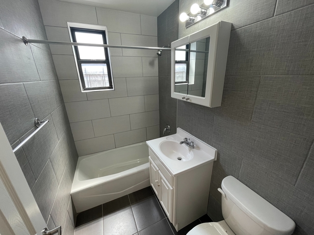1 Bedroom, Middle Village Rental in NYC for $1,675 - Photo 1