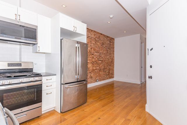 2 Bedrooms, Ridgewood Rental in NYC for $2,154 - Photo 1