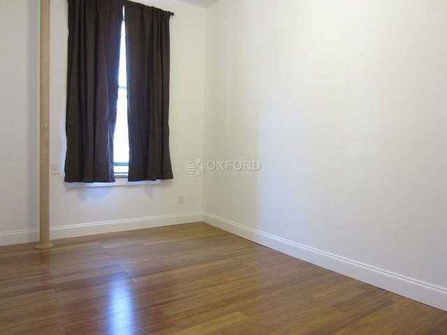 5 Bedrooms, Yorkville Rental in NYC for $5,000 - Photo 1