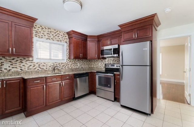 1 Bedroom, East Patchogue Rental in Long Island, NY for $2,150 - Photo 1