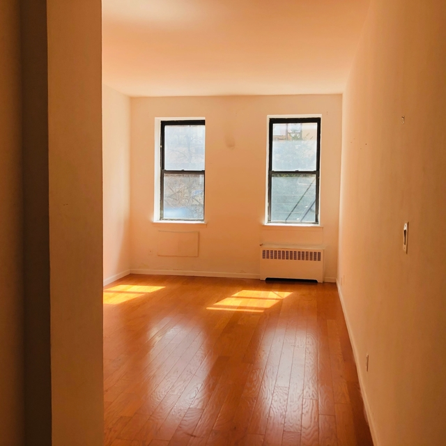 Studio, Yorkville Rental in NYC for $1,500 - Photo 1