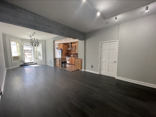 2 Bedrooms, Ridgewood Rental in NYC for $3,000 - Photo 1