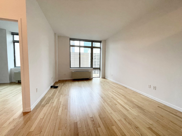1 Bedroom, Financial District Rental in NYC for $2,746 - Photo 1