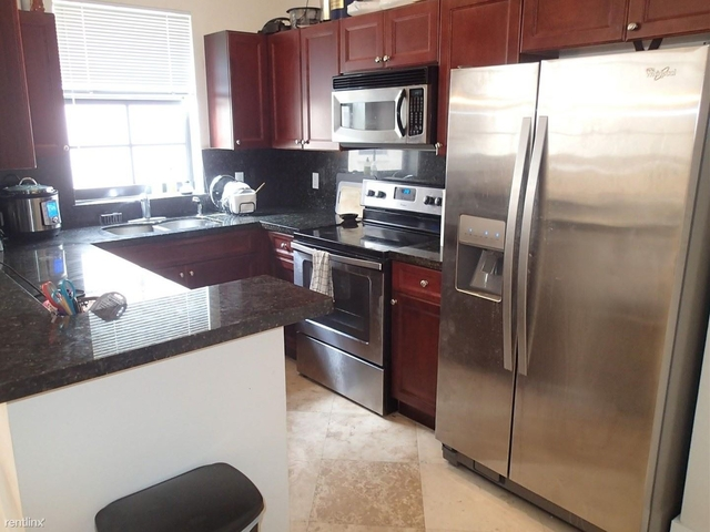 2 Bedrooms, Palm Terrace Rental in Miami, FL for $3,200 - Photo 1
