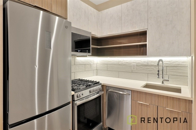 3 Bedrooms, Bushwick Rental in NYC for $2,812 - Photo 1