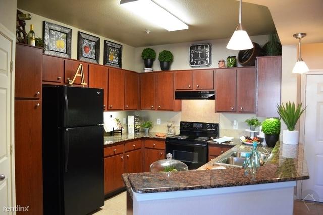 2 Bedrooms, Grogan's Mill Rental in Houston for $1,475 - Photo 1