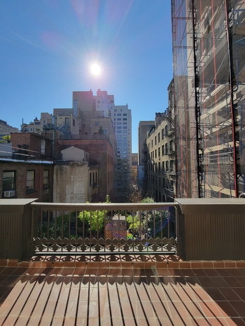 2 Bedrooms, Lenox Hill Rental in NYC for $7,250 - Photo 1
