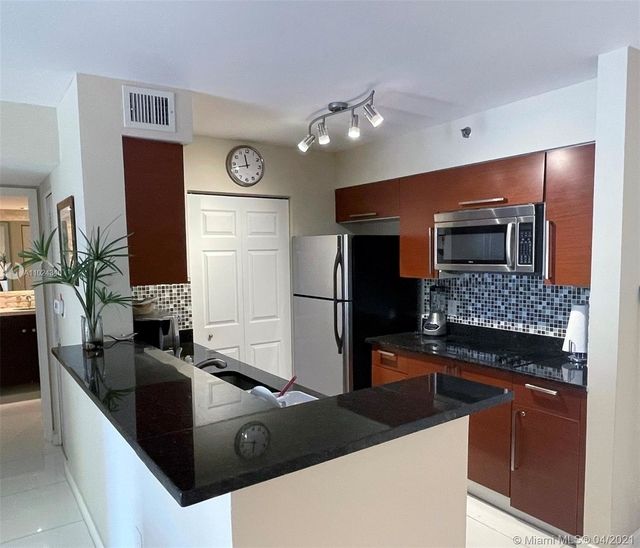 1 Bedroom, Biscayne Yacht & Country Club Rental in Miami, FL for $2,400 - Photo 1