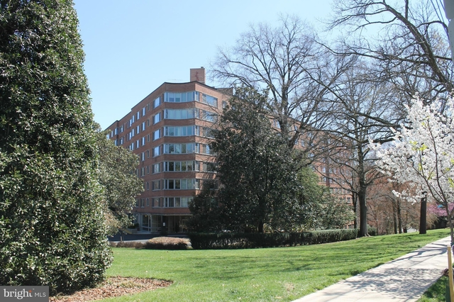 2 Bedrooms, Cathedral Heights Rental in Washington, DC for $2,445 - Photo 1