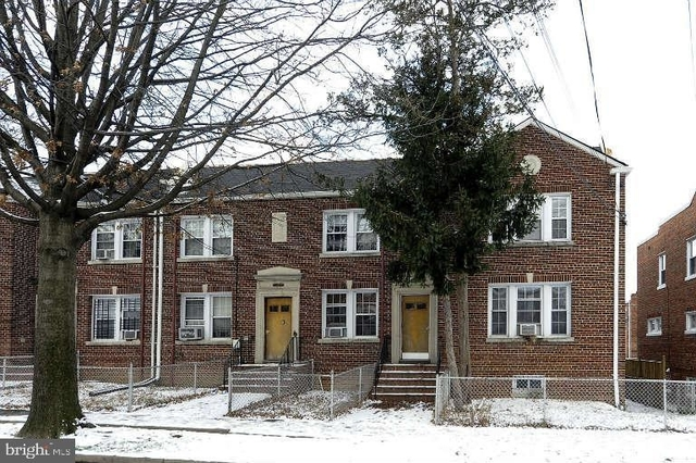 2 Bedrooms, Fairlawn Rental in Baltimore, MD for $1,500 - Photo 1