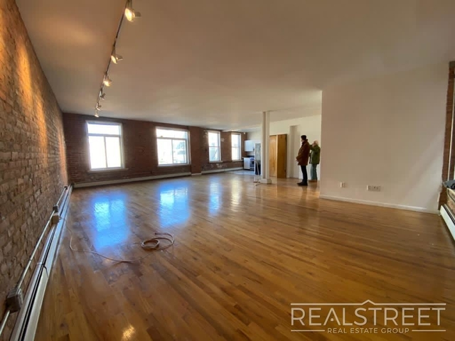 1 Bedroom, East Williamsburg Rental in NYC for $4,599 - Photo 1
