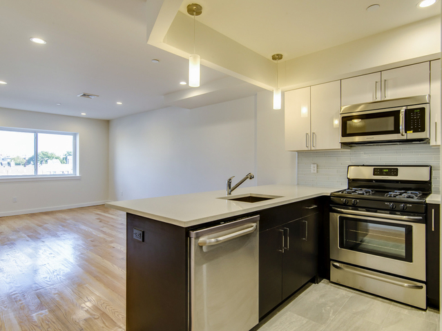 Studio, Astoria Rental in NYC for $1,935 - Photo 1