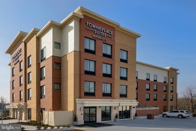 1 Bedroom, North College Park Rental in Baltimore, MD for $3,000 - Photo 1