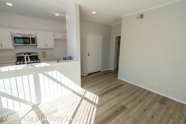 1 Bedroom, Sherman Oaks Rental in Los Angeles, CA for $1,748 - Photo 1