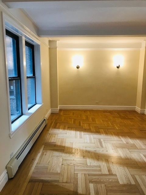 2 Bedrooms, Upper West Side Rental in NYC for $4,484 - Photo 1