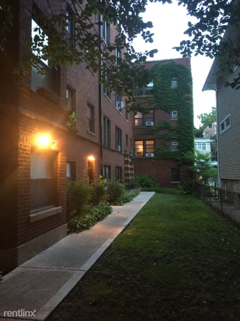 1 Bedroom, Edgewater Glen Rental in Chicago, IL for $1,250 - Photo 1