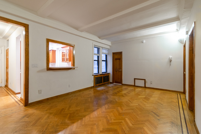 2 Bedrooms, Lincoln Square Rental in NYC for $4,079 - Photo 1