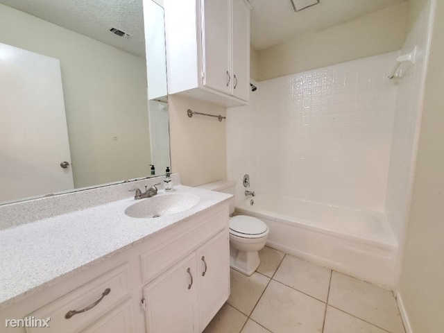 2 Bedrooms, Fairmount Rental in Dallas for $1,100 - Photo 1