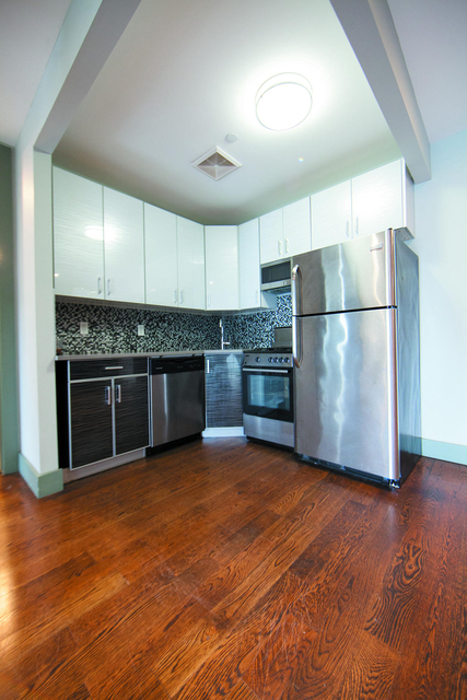 2 Bedrooms, Ridgewood Rental in NYC for $1,900 - Photo 1