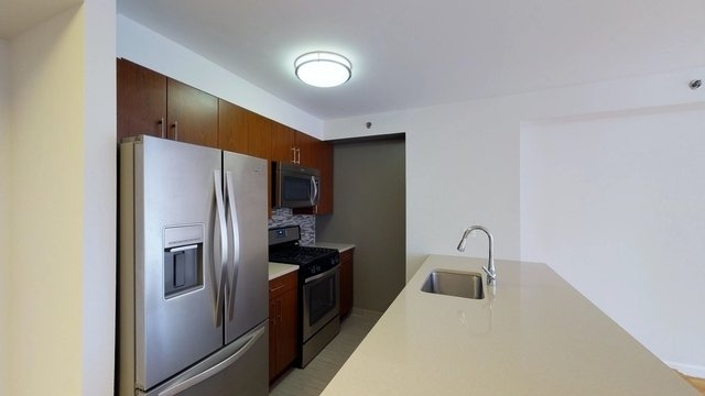 2 Bedrooms, Chelsea Rental in NYC for $6,338 - Photo 1