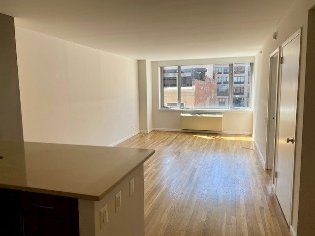 1 Bedroom, Chelsea Rental in NYC for $4,194 - Photo 1