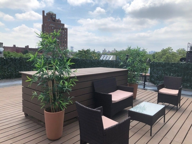 2 Bedrooms, Alphabet City Rental in NYC for $2,495 - Photo 1
