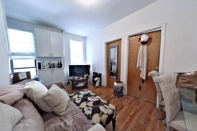 3 Bedrooms, Little Italy Rental in NYC for $3,990 - Photo 1