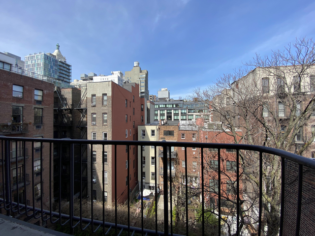 1 Bedroom, East Village Rental in NYC for $3,208 - Photo 1