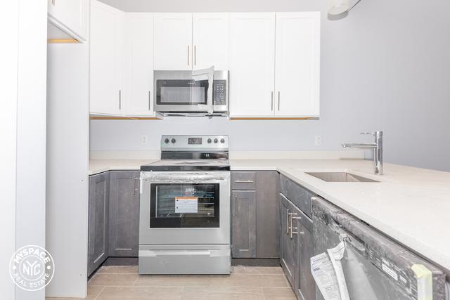 1 Bedroom, Ridgewood Rental in NYC for $2,308 - Photo 1