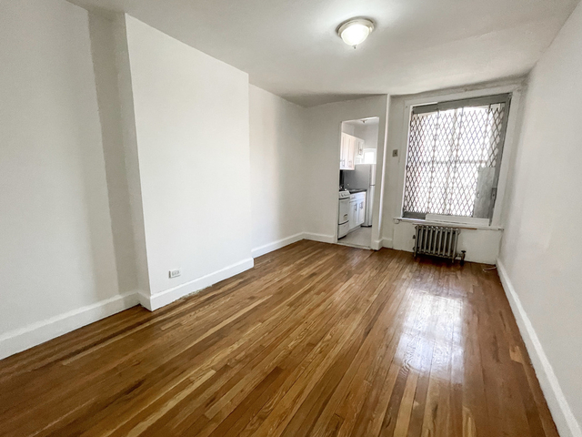 2 Bedrooms, Brooklyn Heights Rental in NYC for $2,300 - Photo 1