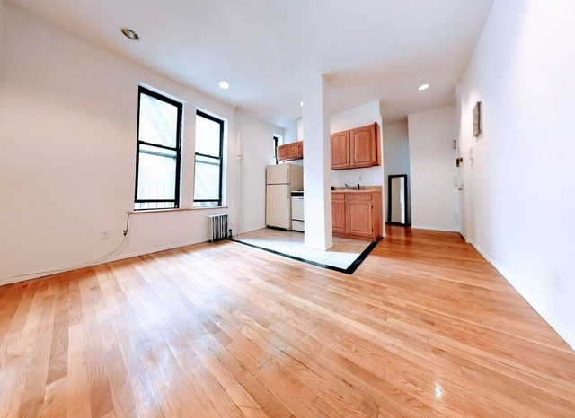 2 Bedrooms, East Village Rental in NYC for $2,564 - Photo 1