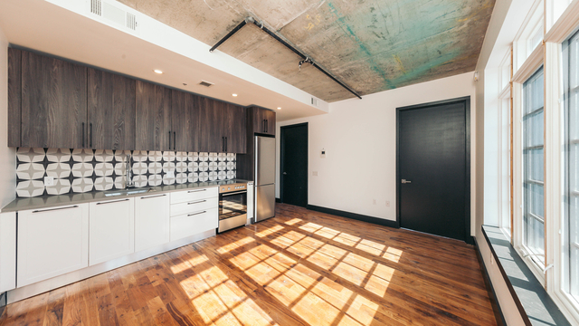 2 Bedrooms, Ridgewood Rental in NYC for $2,800 - Photo 1