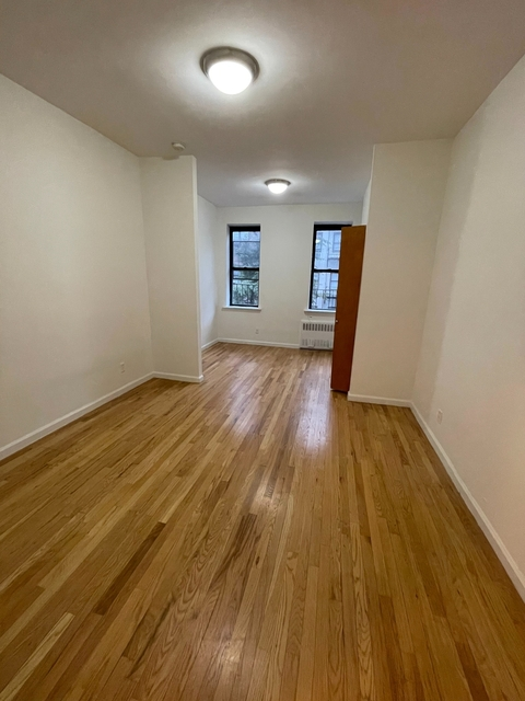 Studio, Yorkville Rental in NYC for $1,728 - Photo 1