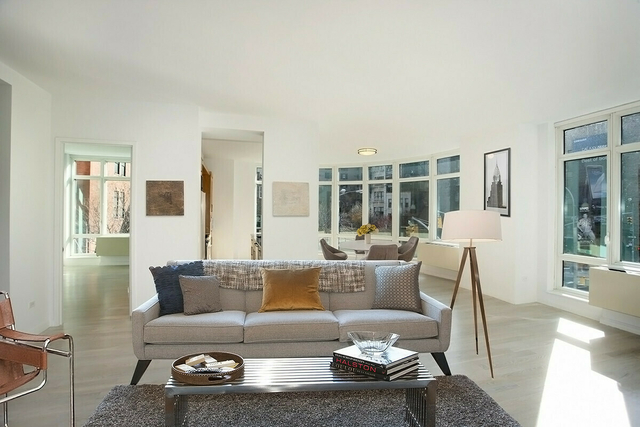 3 Bedrooms, SoHo Rental in NYC for $14,995 - Photo 1