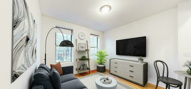 1 Bedroom, Hudson Square Rental in NYC for $2,063 - Photo 1