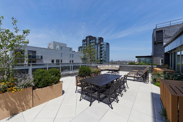 1 Bedroom, Long Island City Rental in NYC for $2,225 - Photo 1