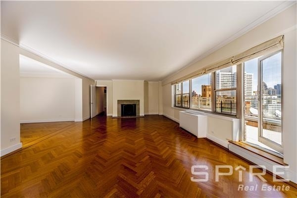 4 Bedrooms, Lenox Hill Rental in NYC for $17,800 - Photo 1