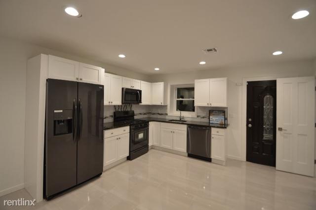 2 Bedrooms, Cedarhurst Rental in Long Island, NY for $2,700 - Photo 1