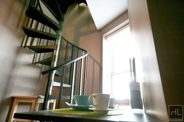 2 Bedrooms, East Village Rental in NYC for $2,438 - Photo 1