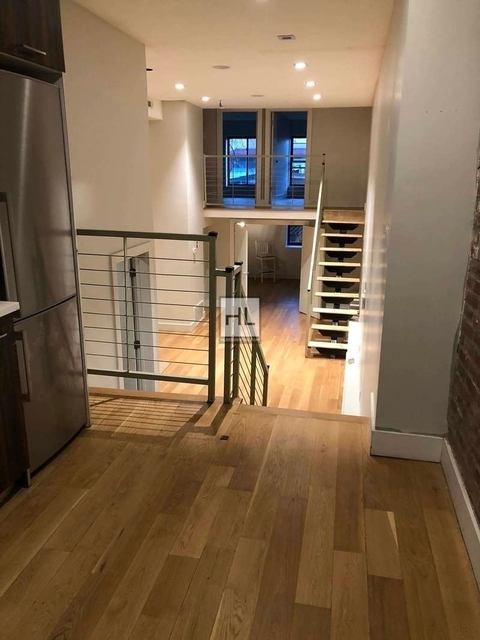 7 Bedrooms, Greenpoint Rental in NYC for $6,800 - Photo 1