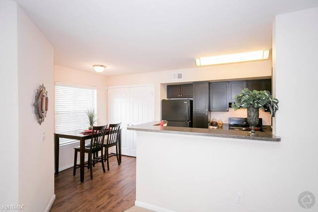 2 Bedrooms, Candlelight Trails Rental in Houston for $830 - Photo 1