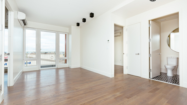 2 Bedrooms, Bedford-Stuyvesant Rental in NYC for $2,845 - Photo 1