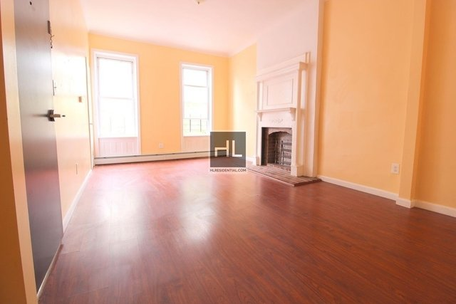 Room, Bushwick Rental in NYC for $850 - Photo 1