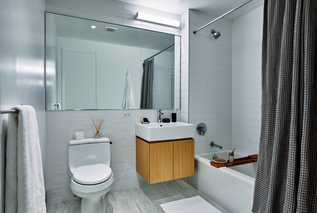 1 Bedroom, Astoria Rental in NYC for $2,081 - Photo 1