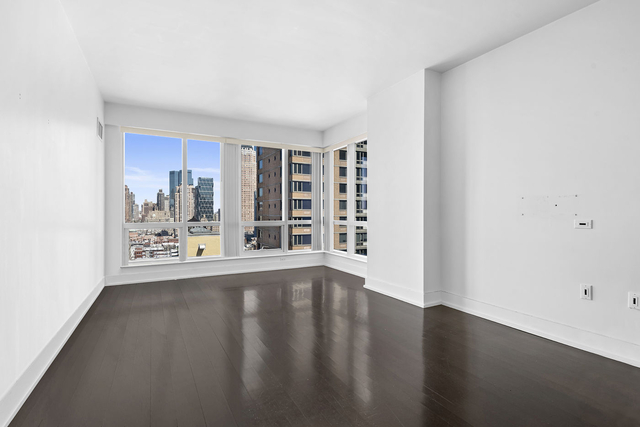 1 Bedroom, Garment District Rental in NYC for $2,999 - Photo 1