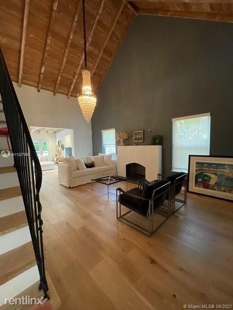 3 Bedrooms, Coconut Grove Park Rental in Miami, FL for $11,500 - Photo 1