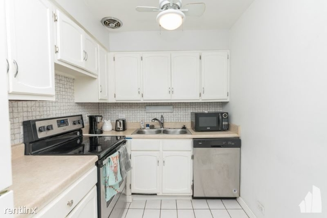 2 Bedrooms, Lake View East Rental in Chicago, IL for $1,575 - Photo 1